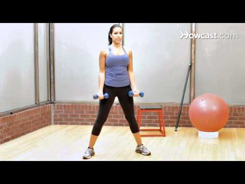 How to Do a Basic Curl | Female Bodybuilding